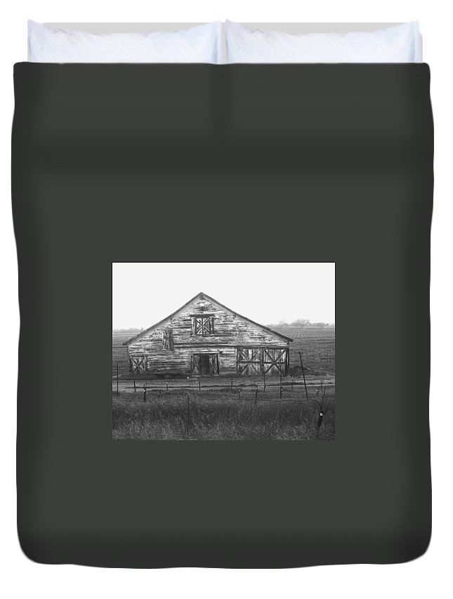 Barn Duvet Cover featuring the photograph Barn Of X by Tom Reynen