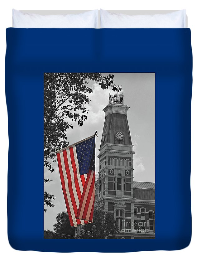 Bartholomew County Duvet Cover featuring the photograph Bartholomew County Court House by Jost Houk