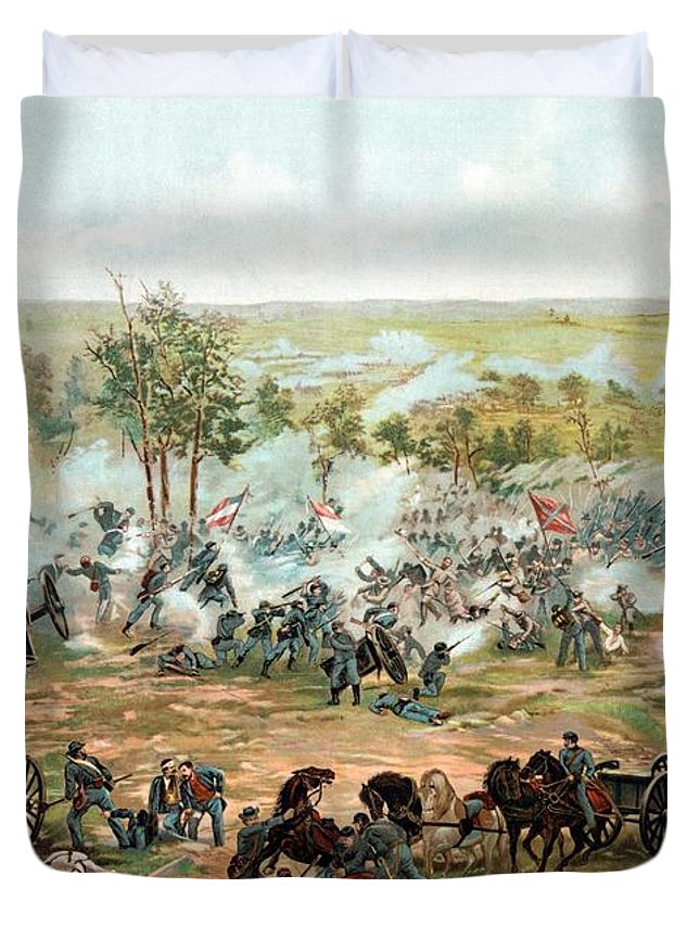 Gettysburg Duvet Cover featuring the painting Battle of Gettysburg by War Is Hell Store
