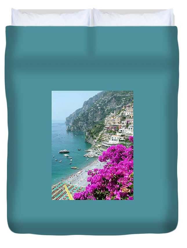 Positano Duvet Cover featuring the photograph Beach At Positano by Donna Corless