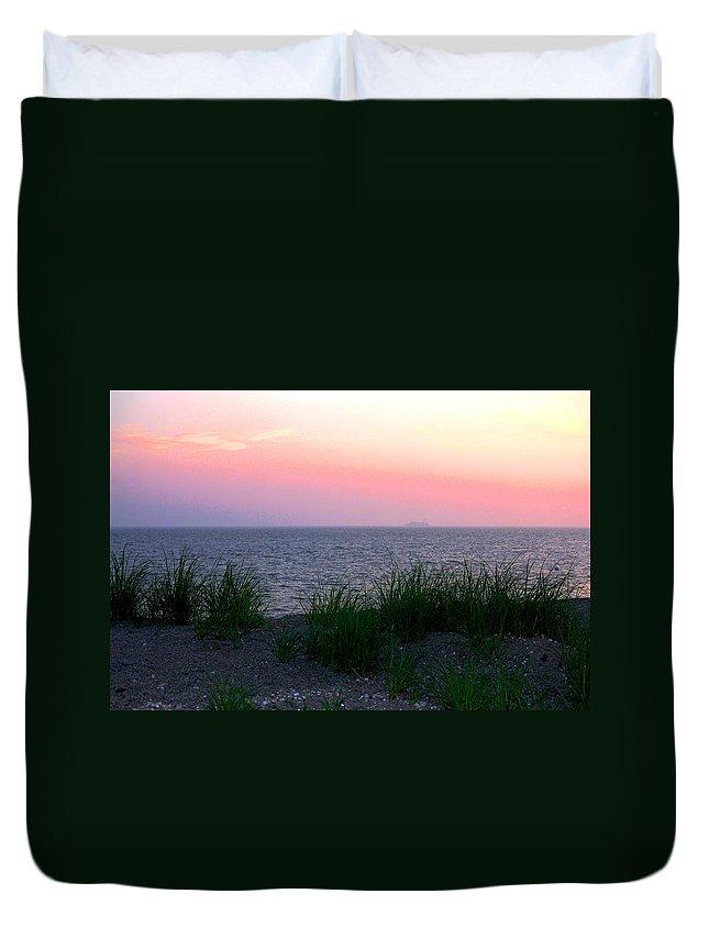 Beach Grass Duvet Cover featuring the photograph Beach Grass On Long Island Sound by Donna Walsh