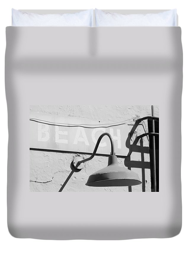 Black And White Duvet Cover featuring the photograph Beach Light by Rob Hans