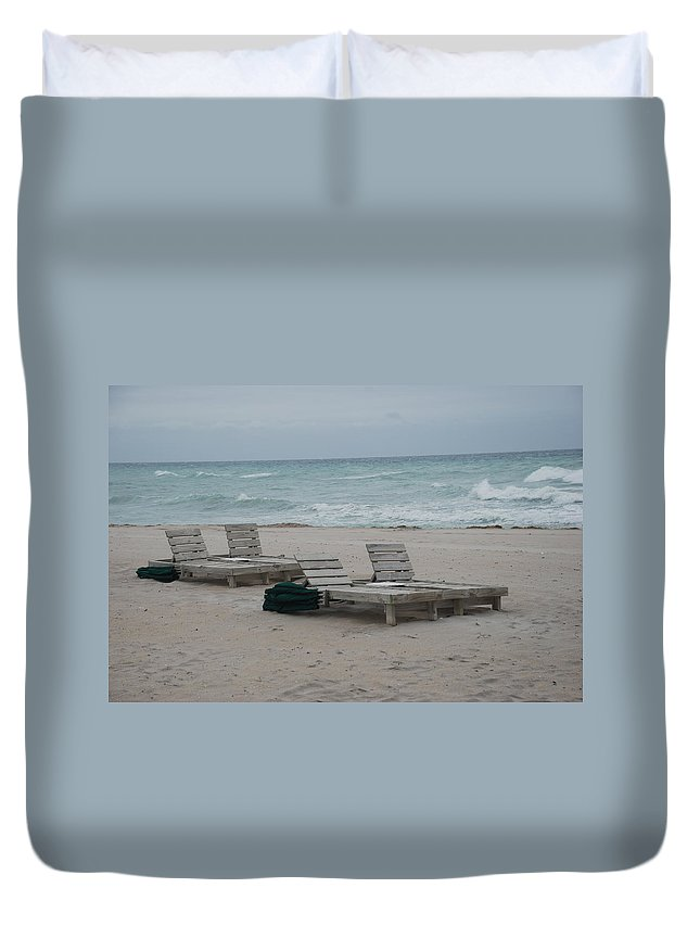 Chairs Duvet Cover featuring the photograph Beach Loungers by Rob Hans