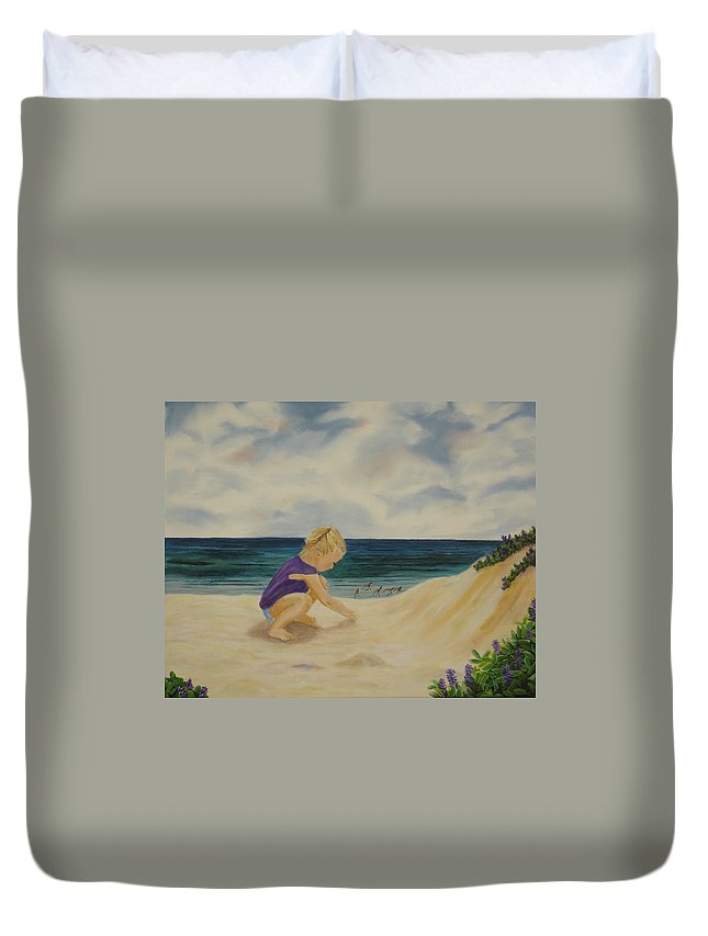 Child Duvet Cover featuring the painting Beachcomber by Susan Kubes
