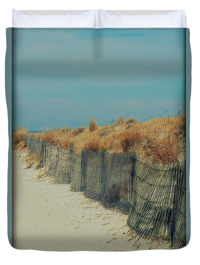 Beac Duvet Cover featuring the photograph Beachside by Linda Sannuti