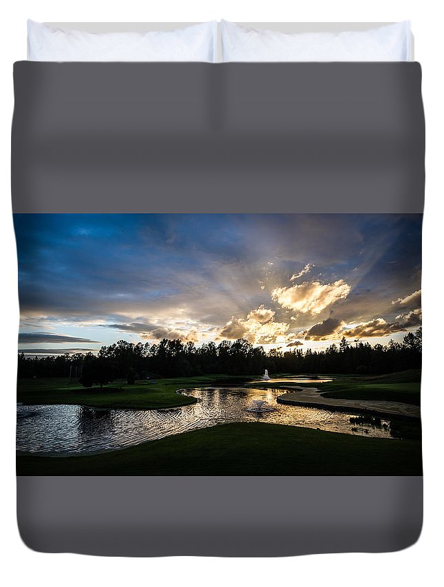 Bear Creek Country Club Woodinville Wa Golf Course Northwest Sports Water Clouds Duvet Cover featuring the photograph Bear Creek by Rick Takagi