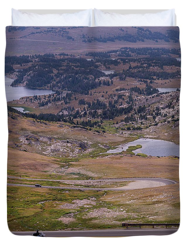 Montana Duvet Cover featuring the photograph Beartooth Highway 2 by Tracy Knauer