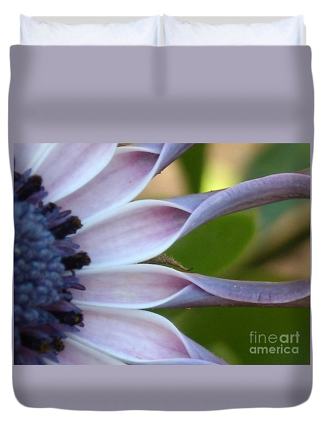 Floral Duvet Cover featuring the photograph Beautiful 002 by Line Gagne