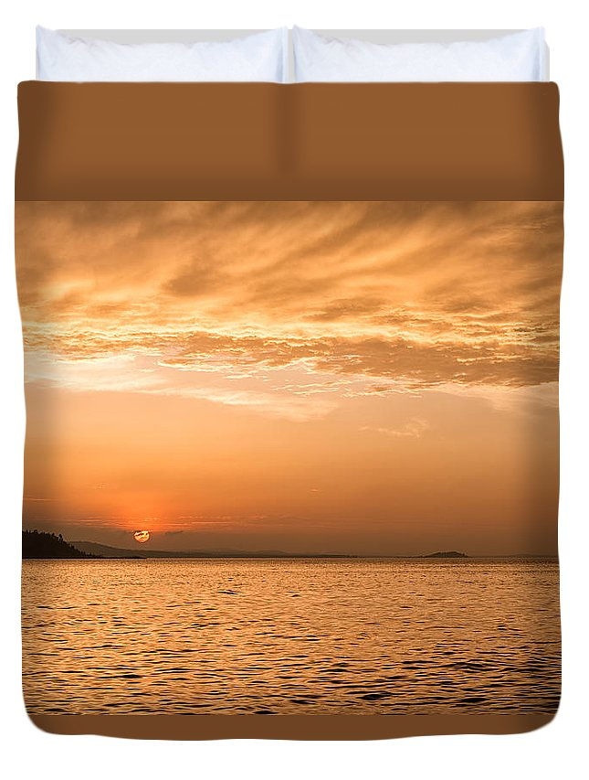 Sunset Duvet Cover featuring the photograph Beautiful Black Rocks Sunset by Leo Gardner