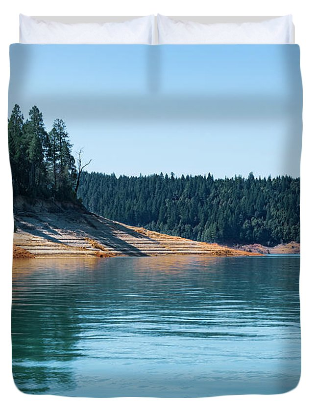 Bullards Bar Reservoir Duvet Cover featuring the photograph Beautiful Bullard's Bar Reservoir by Jim Thompson