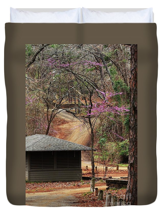 Nature Photograph Duvet Cover featuring the photograph Beautiful Escape by Kim Henderson