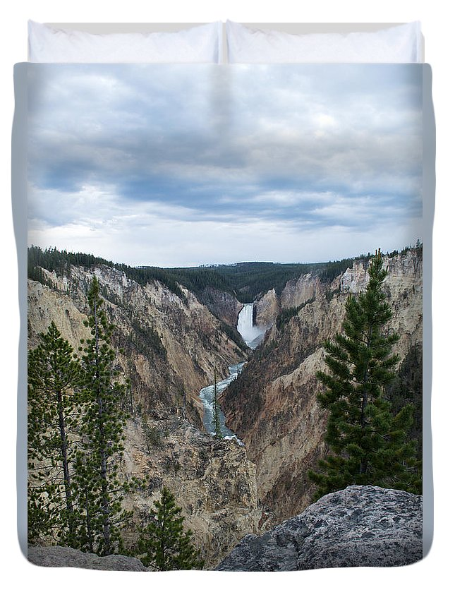 Yellowstone National Park Duvet Cover featuring the photograph Beautiful Landscape by Linda Kerkau