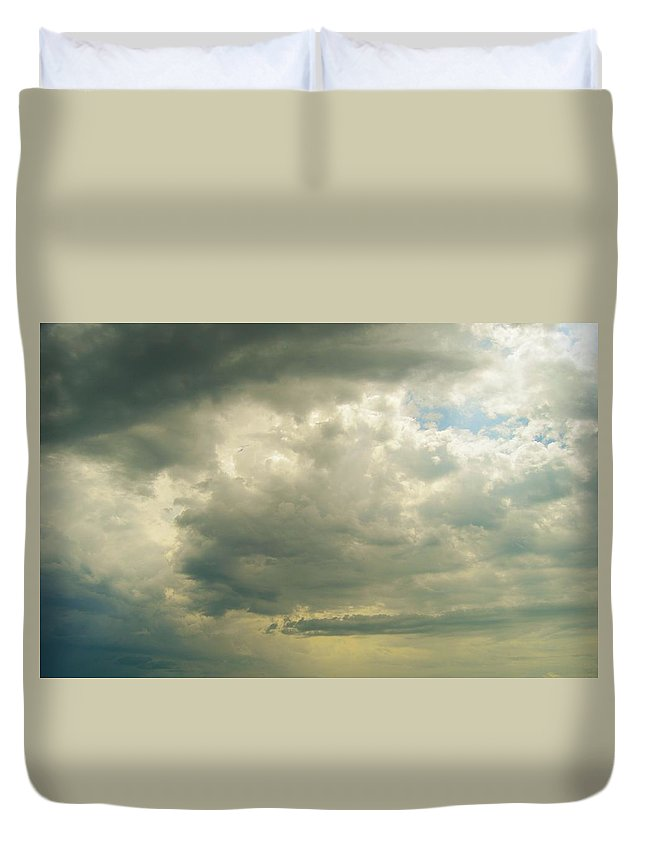 Sky Duvet Cover featuring the photograph Before The Storm by Elaine Plybon