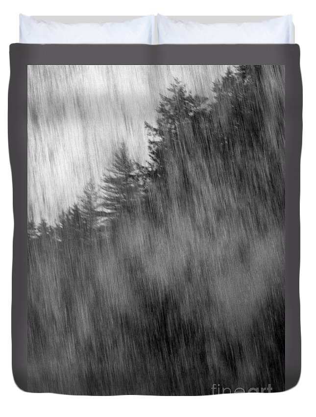 Waterfalls Duvet Cover featuring the photograph Behind The Falls by Richard Rizzo