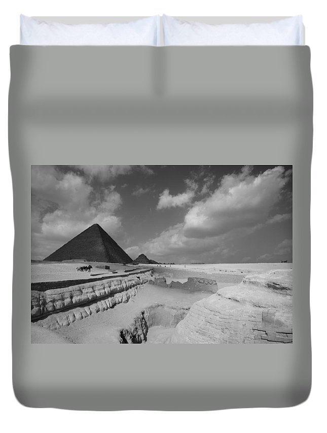 Pyramid Duvet Cover featuring the photograph Behind The Sphynx by Donna Corless