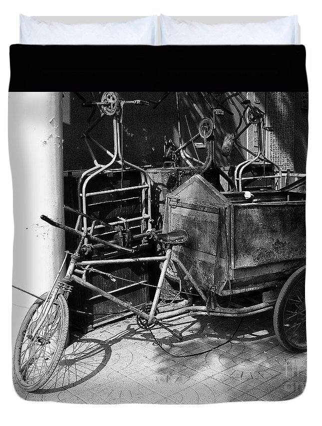 Beijing Duvet Cover featuring the photograph Beijing City 18 by Xueling Zou