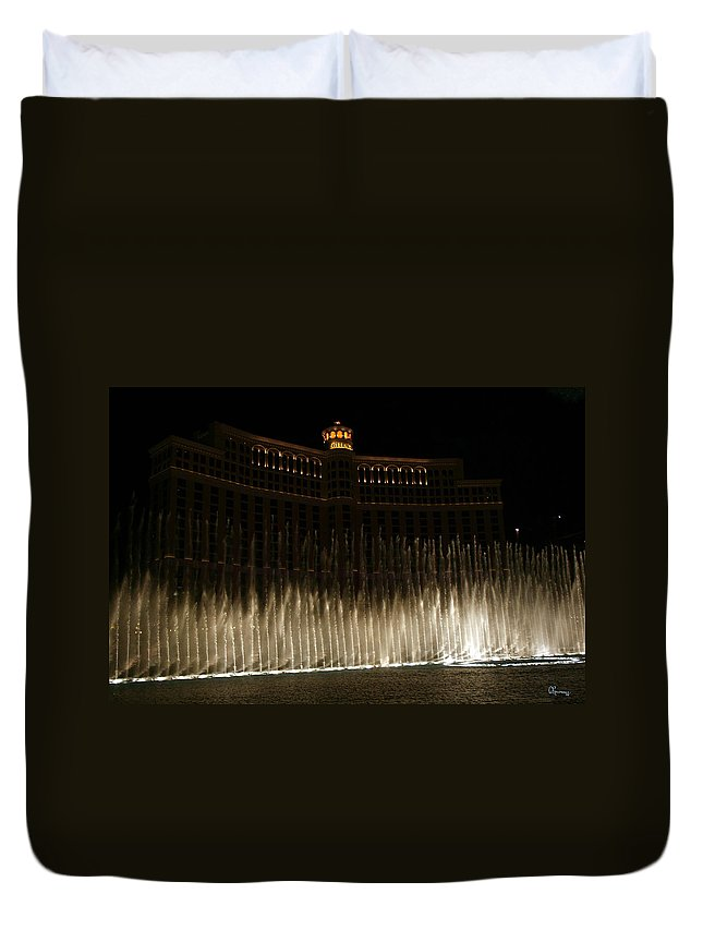 Bellagio Fountains Las Vegas Nevada Show Water Hotel Duvet Cover featuring the photograph Bellagio Fountains by Andrea Lawrence