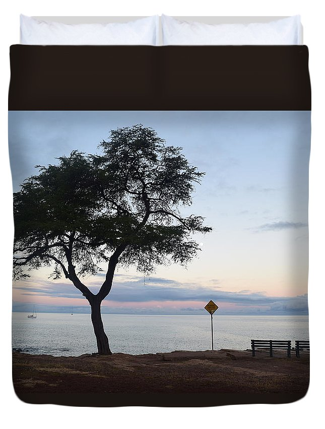 Sunrise Duvet Cover featuring the photograph Bench For 2 by Samantha Peel