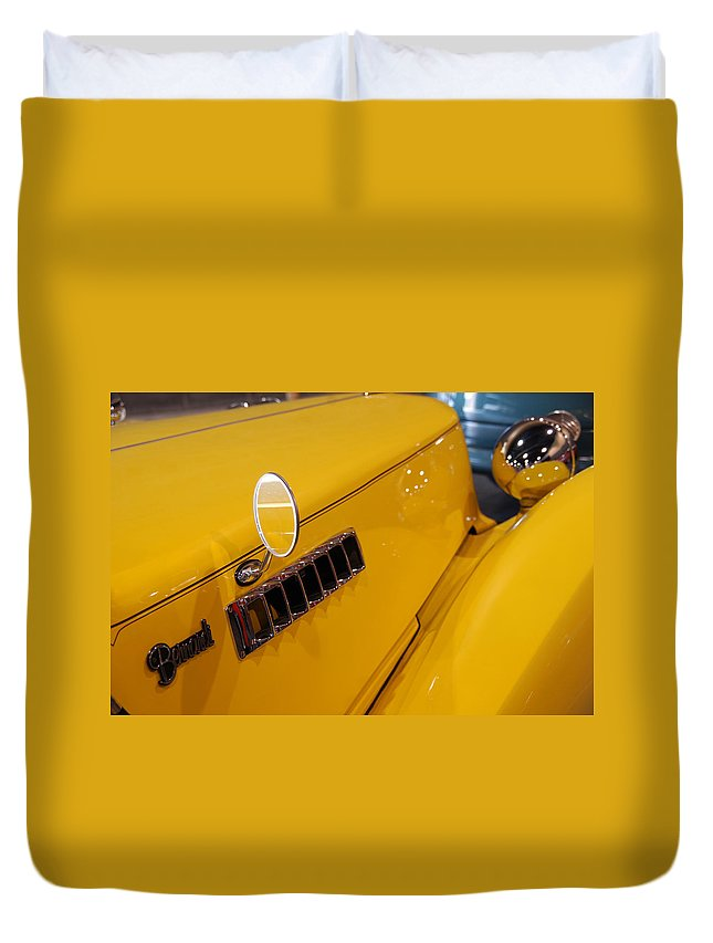 Old Cars Duvet Cover featuring the photograph Bernardi by Susanne Van Hulst