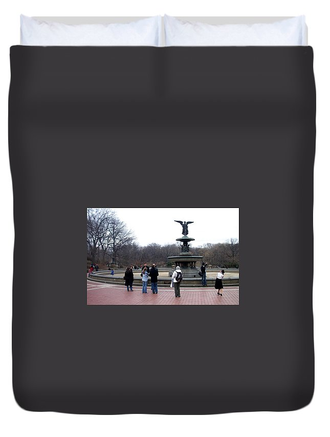 Bethesda Fountain Duvet Cover featuring the photograph Bethesda Fountain by Anita Burgermeister