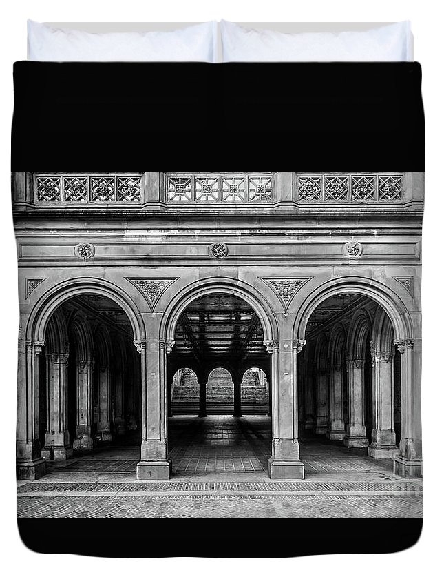Central Park Duvet Cover featuring the photograph Bethesda Terrace Arcade 4 - Bw by James Aiken