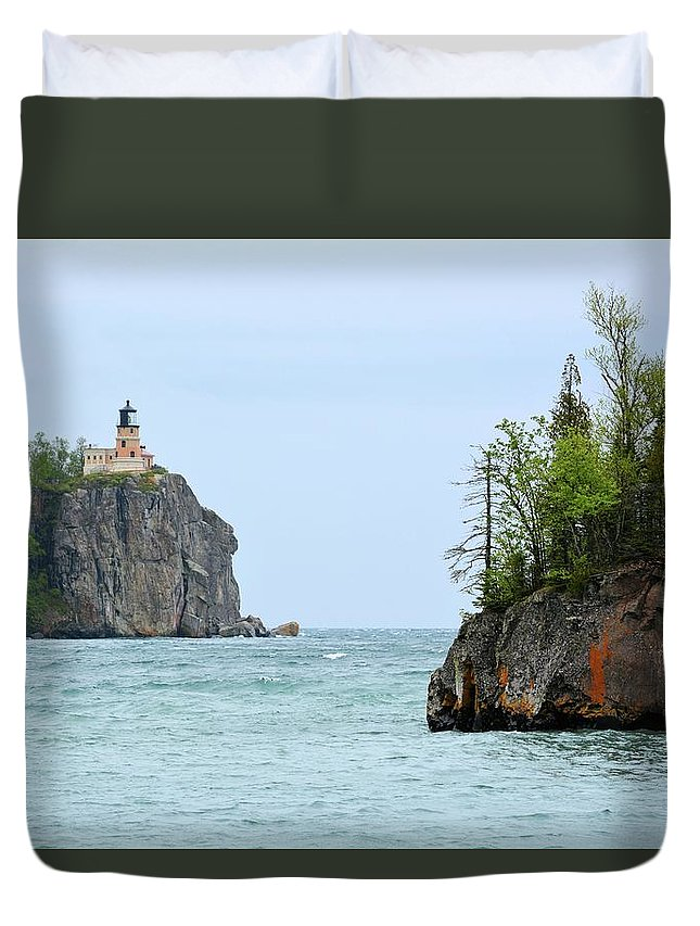 Lighthouse Duvet Cover featuring the photograph Between Rocks by Bonfire Photography