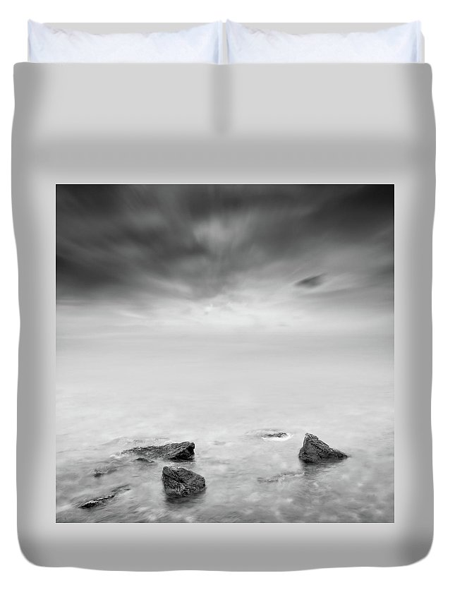 Fine Duvet Cover featuring the photograph Beyond The Horizon by Zapista Zapista