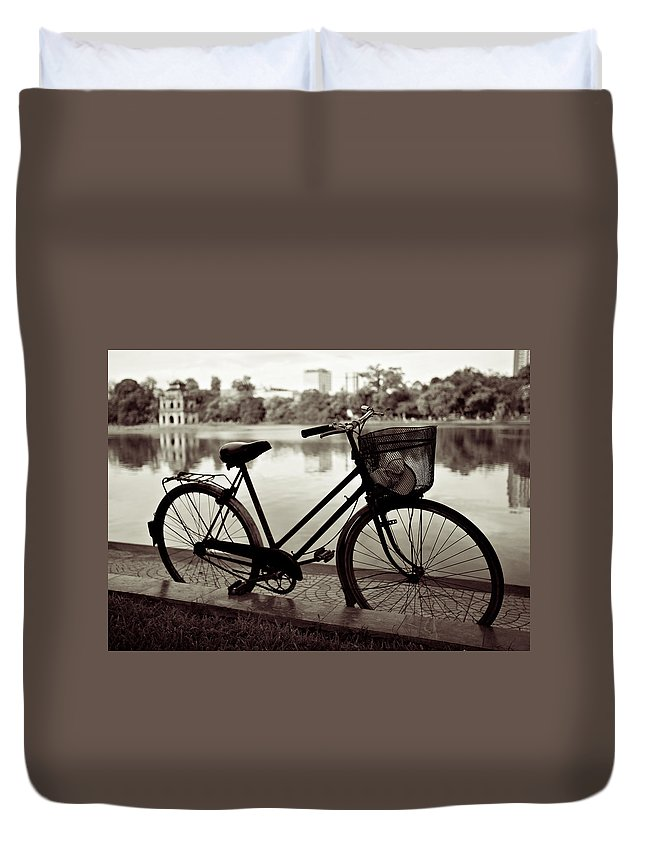 Bicycle Duvet Cover featuring the photograph Bicycle By The Lake by Dave Bowman