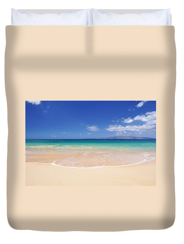 Big Beach Duvet Cover featuring the photograph Big Beach by Kelly Wade