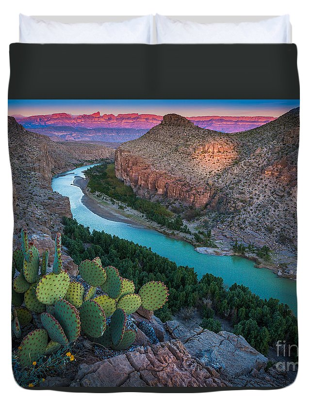 America Duvet Cover featuring the photograph Big Bend Evening by Inge Johnsson