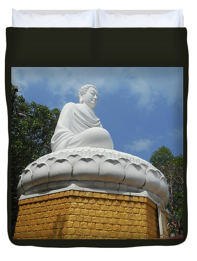 Phu My Duvet Cover featuring the photograph Big Buddha 2 by Ron Kandt