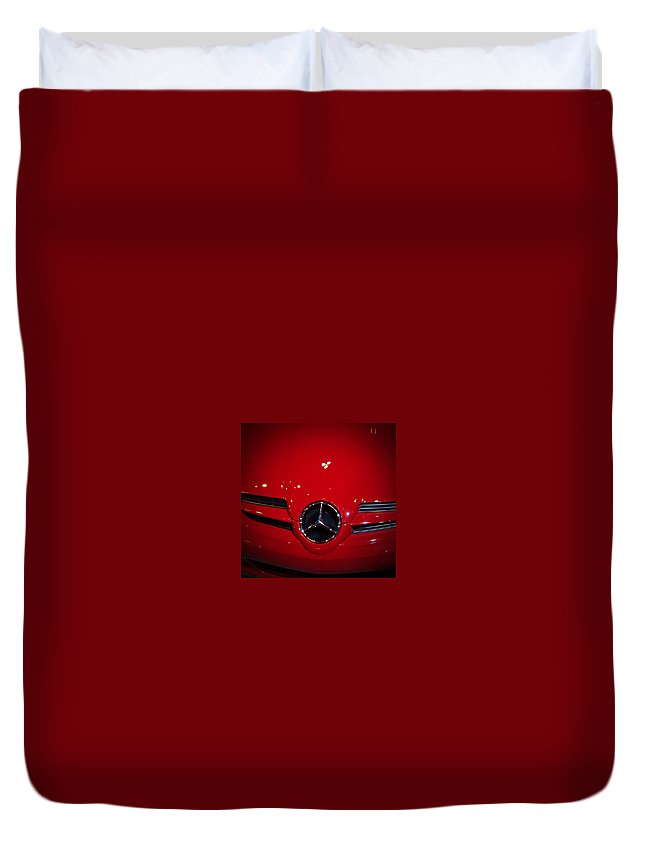 Picture Duvet Cover featuring the photograph Big Red Smile - Mercedes-Benz S L R McLaren by Serge Averbukh