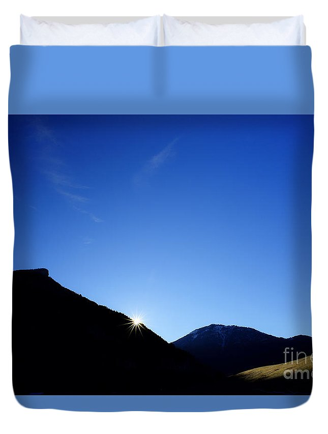 Landscape Duvet Cover featuring the photograph Big Sky Country by Chip Laughton