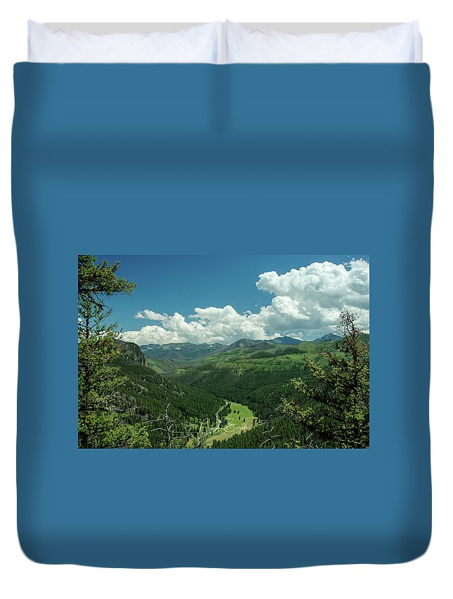 Montana Duvet Cover featuring the photograph Big Sky Country by Nick Boren