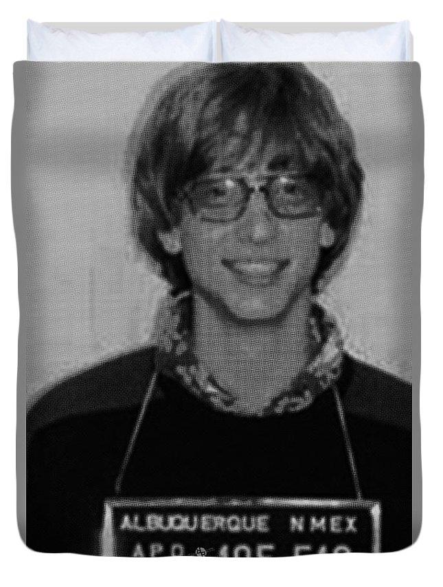 Bill Gates Duvet Cover featuring the painting Bill Gates Mug Shot Vertical Black And White by Tony Rubino