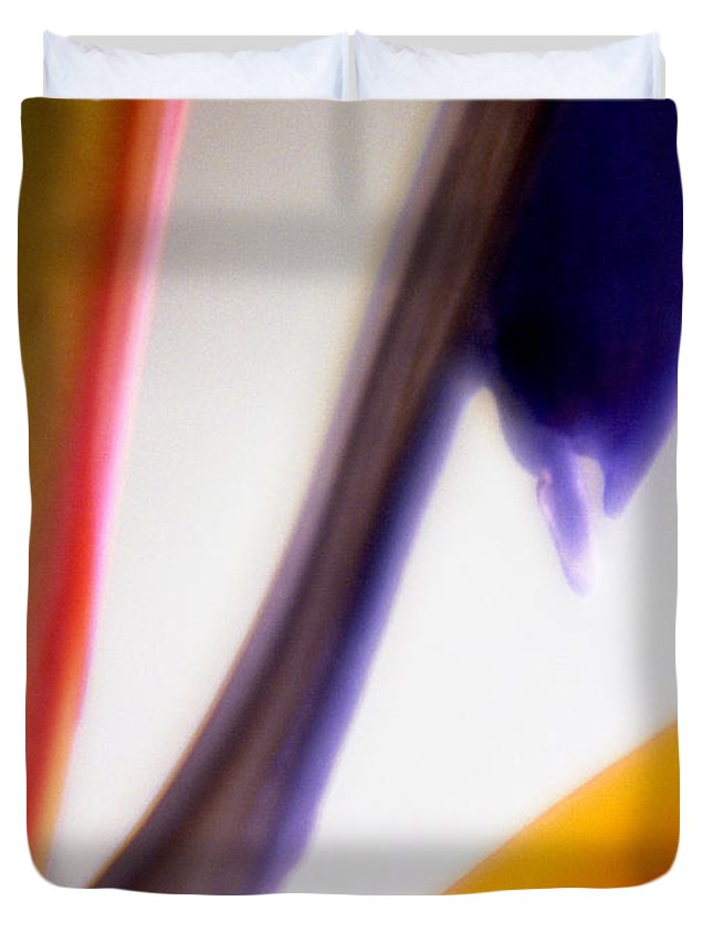 Macro Duvet Cover featuring the photograph Bird Of Paradise by Lee Santa