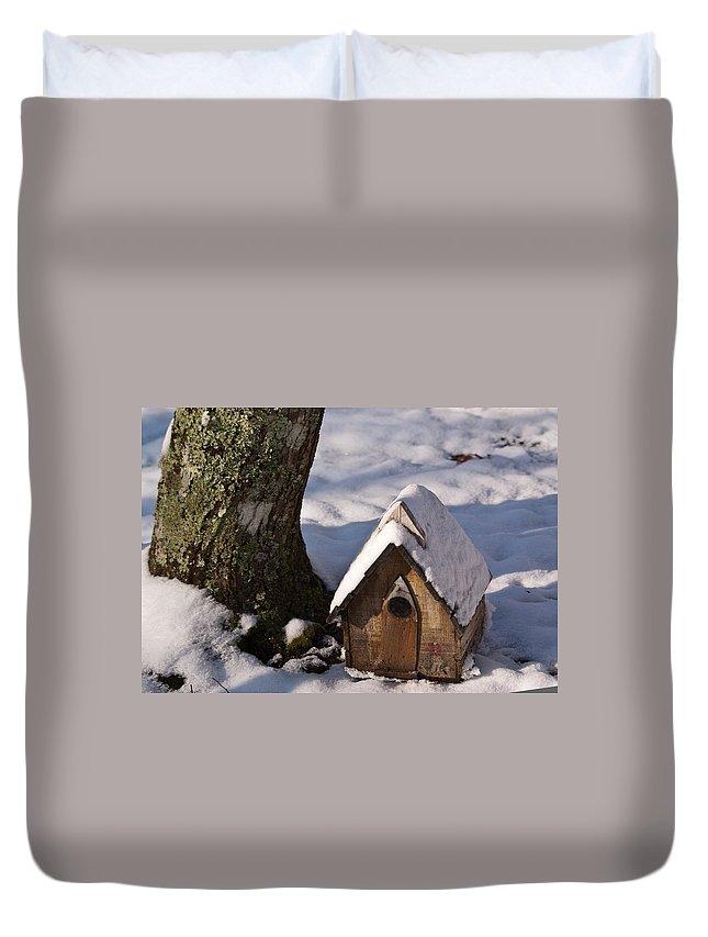 Birdhouse Duvet Cover featuring the photograph Birdhouse In Snow by Douglas Barnett