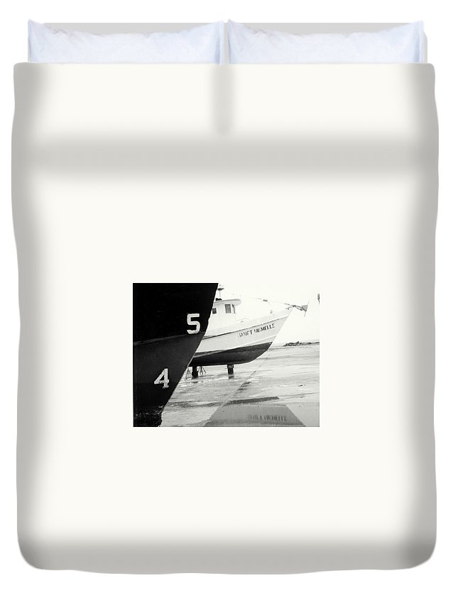 Boat Reflection Black And White Duvet Cover featuring the photograph Black And White Boat Reflection by Cindy New