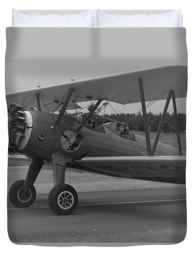 Black And White Picture Duvet Cover featuring the photograph Black And White Us Aircraft by Lisa Schultz
