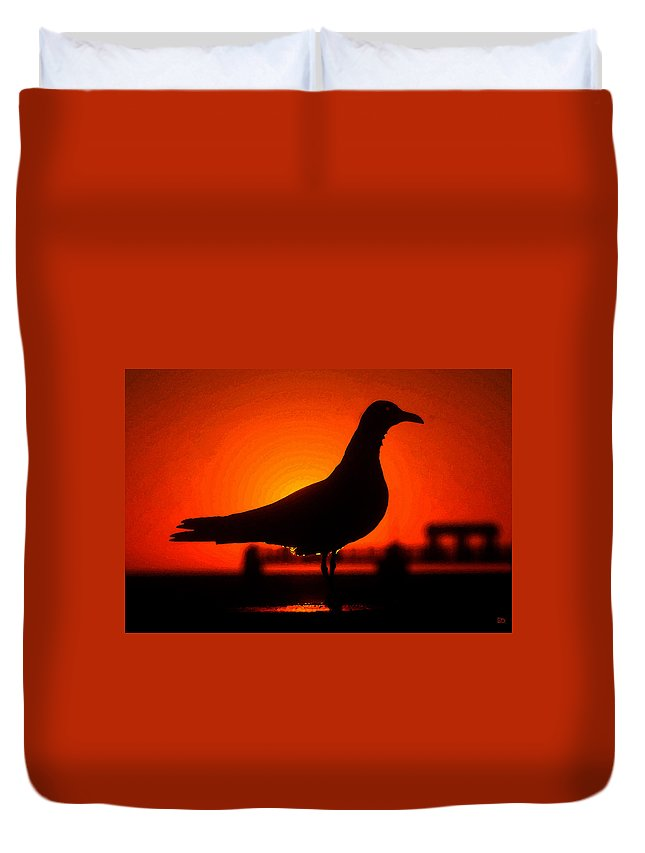 Bird Duvet Cover featuring the painting Black Bird Red Sky by David Lee Thompson