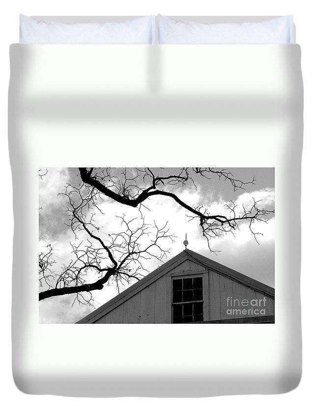 Barn Duvet Cover featuring the photograph Black Lightning by Scott Hafer