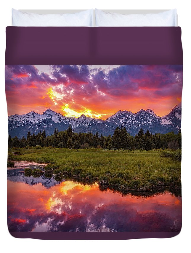 Sunsets Duvet Cover featuring the photograph Black Ponds Sunset by Darren White