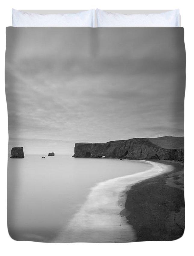 Black Sand Beach Duvet Cover featuring the photograph Black Sand Beach Bw by Michael Ver Sprill