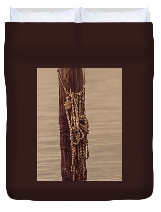 Line Rope Piling Water Ripples Minimalism Brown Nautical Coastal Pulley Block Tackle Evening Quiet Peaceful Simplicity Maritime Duvet Cover featuring the photograph Block Line And Piling by Karl Mahnke