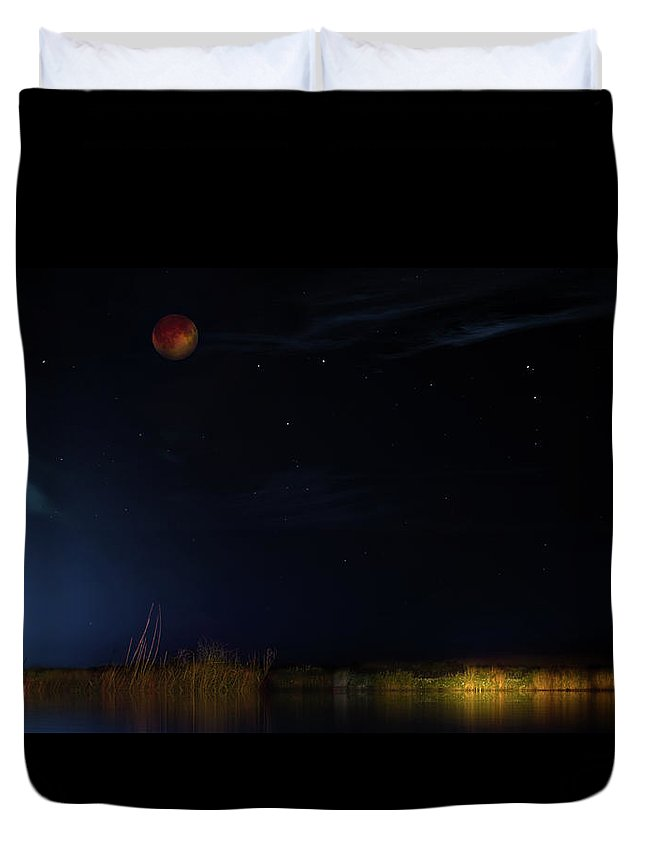 Eclipse Duvet Cover featuring the photograph Blood Moon Country by Mark Andrew Thomas