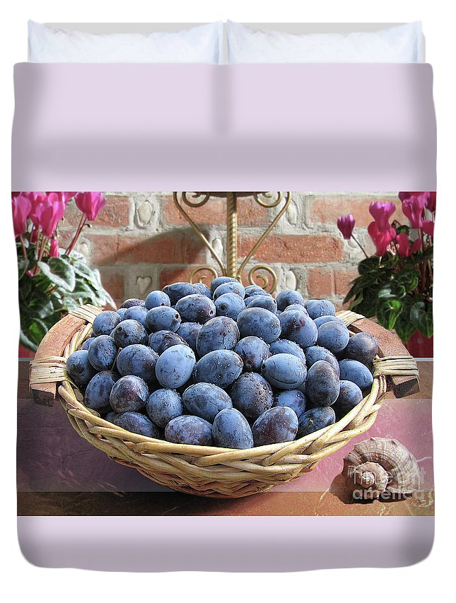 Plum Duvet Cover featuring the photograph Blue Plums In A Basket by Mira Ostojic