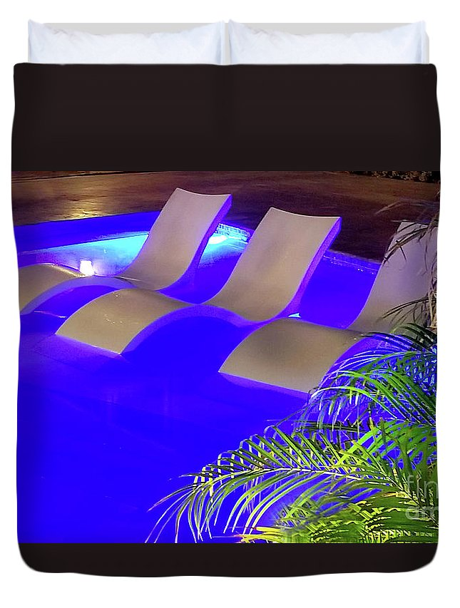 Pool Duvet Cover featuring the photograph Blue Pool by Raymond Earley