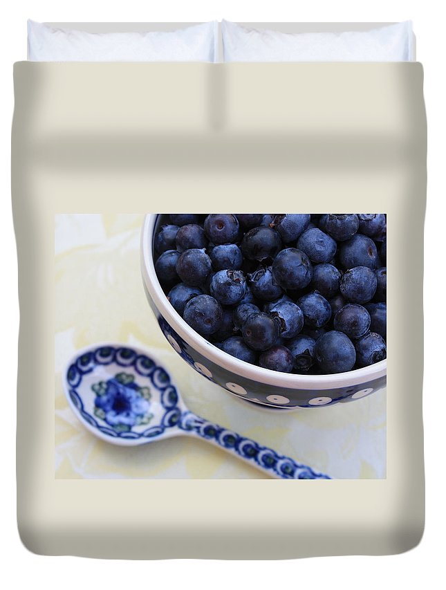 Still Life Of Fruit Duvet Cover featuring the photograph Blueberries And Spoon by Carol Groenen