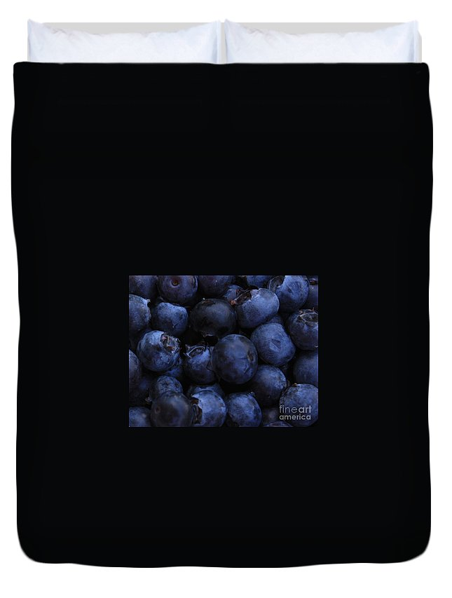 Blueberries Duvet Cover featuring the photograph Blueberries Close-up - Horizontal by Carol Groenen