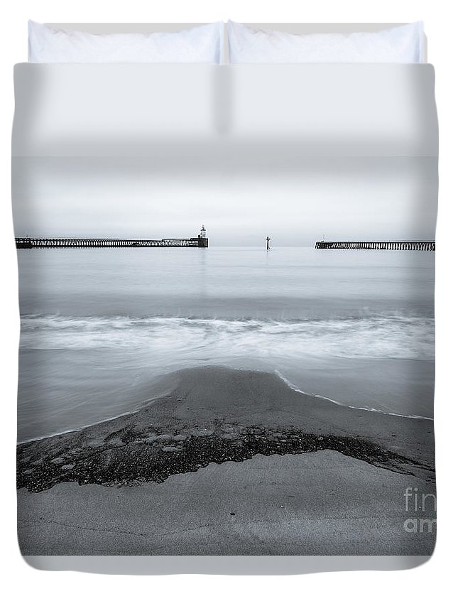 Blyth Duvet Cover featuring the photograph Blyth Beach And Pier #5 by John Cox